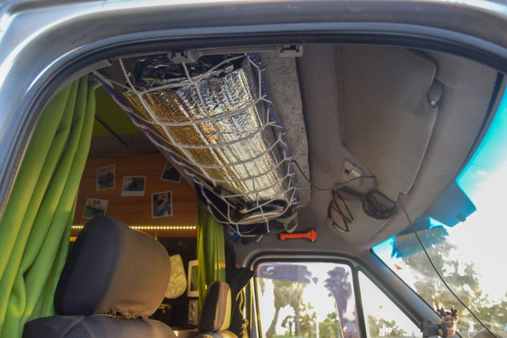 Campingbus Fahrerkabine Stauraum