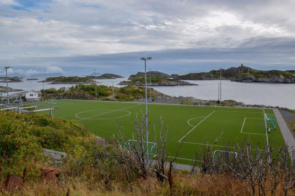 Fußballplatz Henningsvær