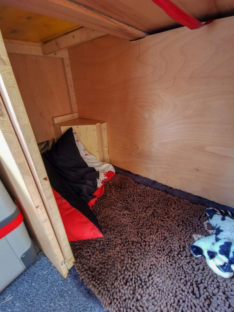 Hundebox im Camper
