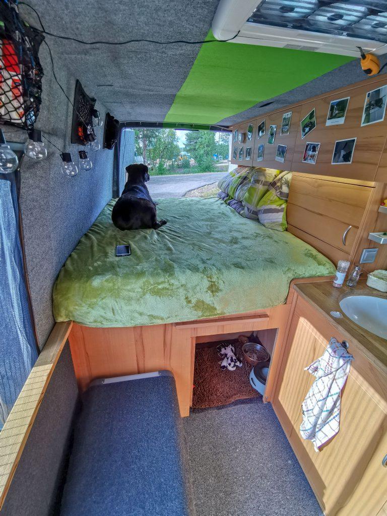 VW LT35 Camper Bett