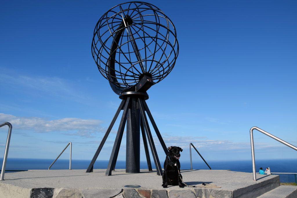 mit Hund am Nordkap